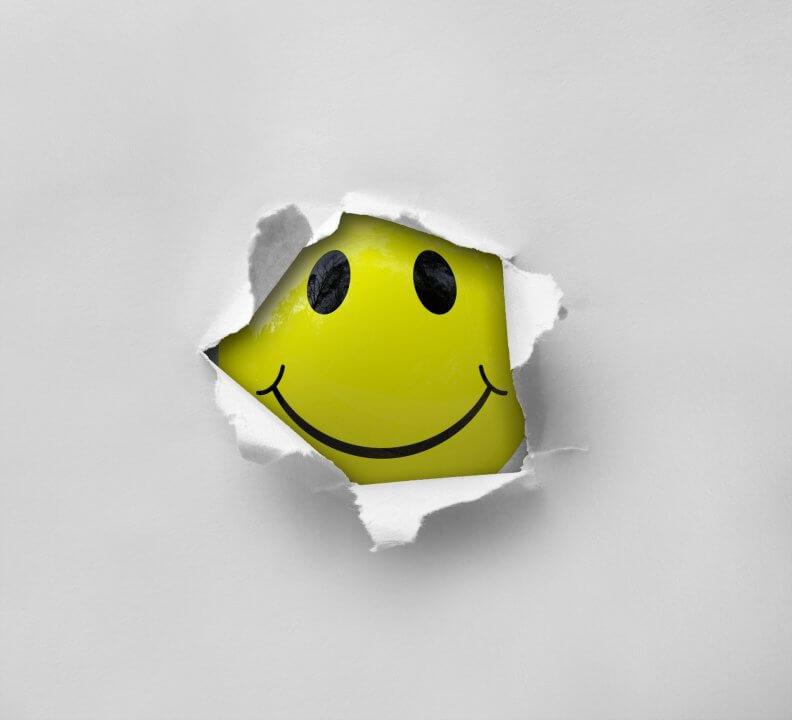 smiley-2055680_1920